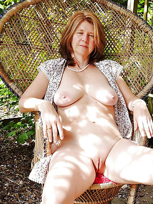 Over fifty milfs New Matures