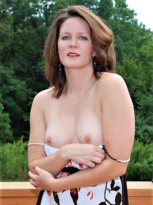 Mom Porn Pics