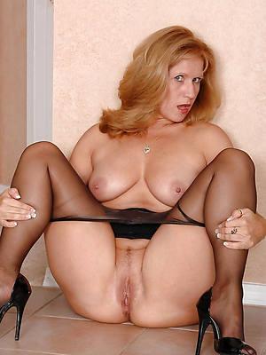 Tits redhead older flash leg
