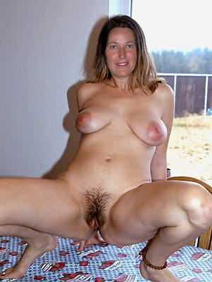 40 year old moms naked