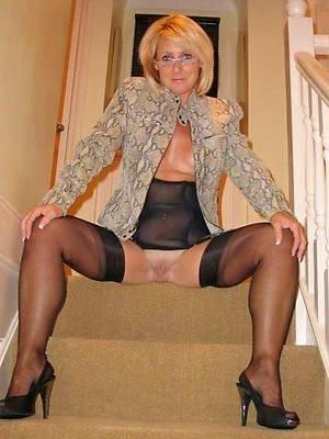 Mature women nude stockings