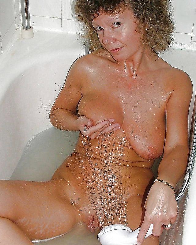 from Davin free mature bosnian women nude pics
