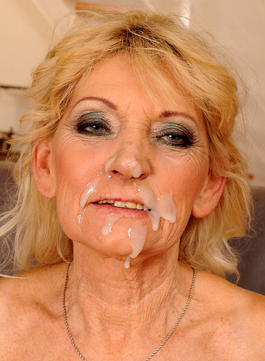 sexy grandma nude photos