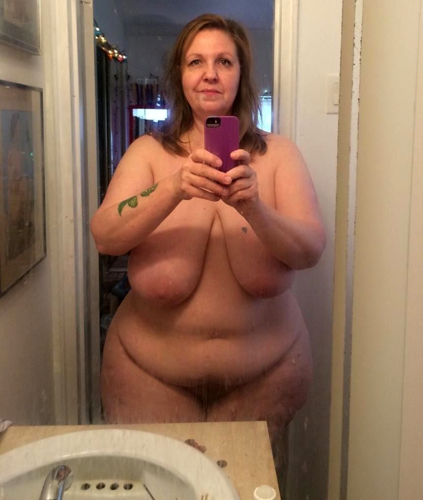 nude women having sex on cars