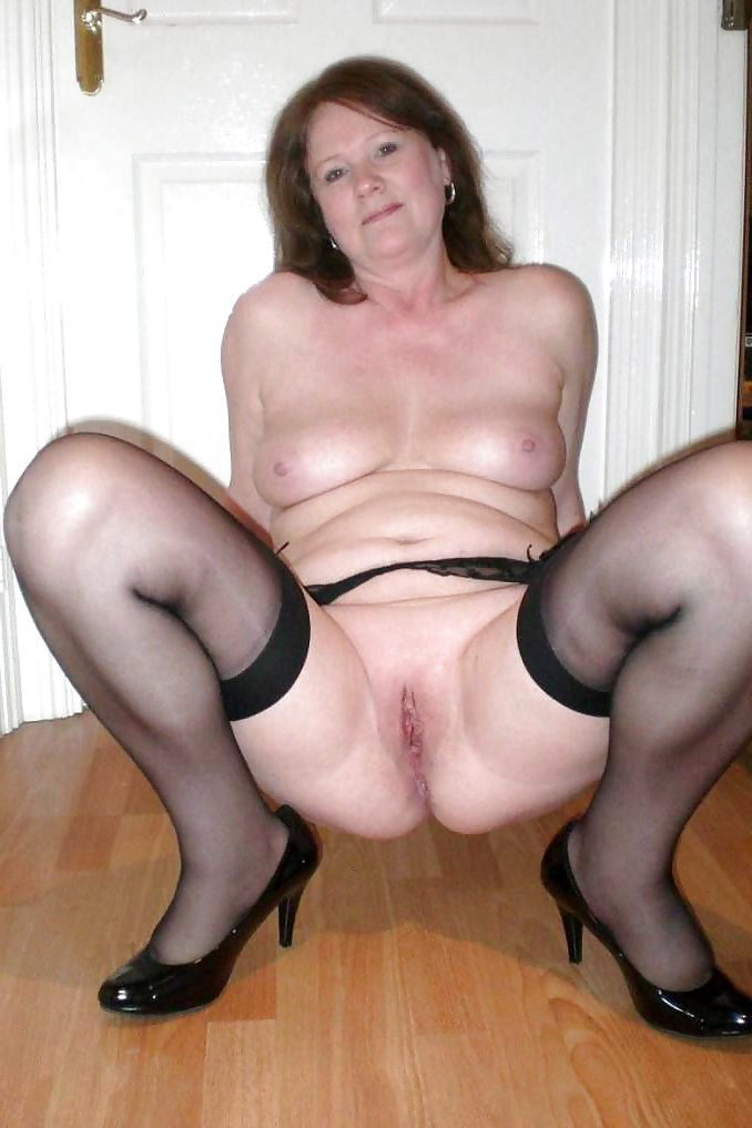 Old woman in porn