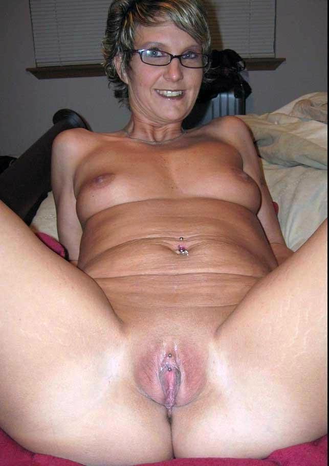 Pics porn mature pussy Free Mature