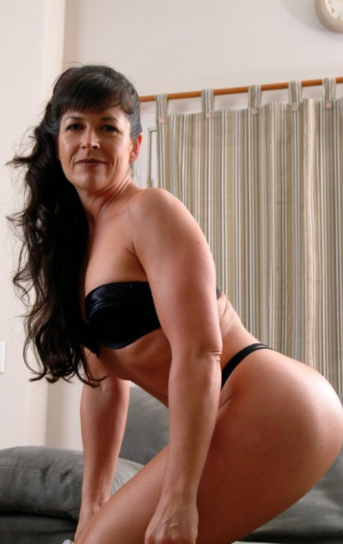 Big Tit Bbw Mature Brunette