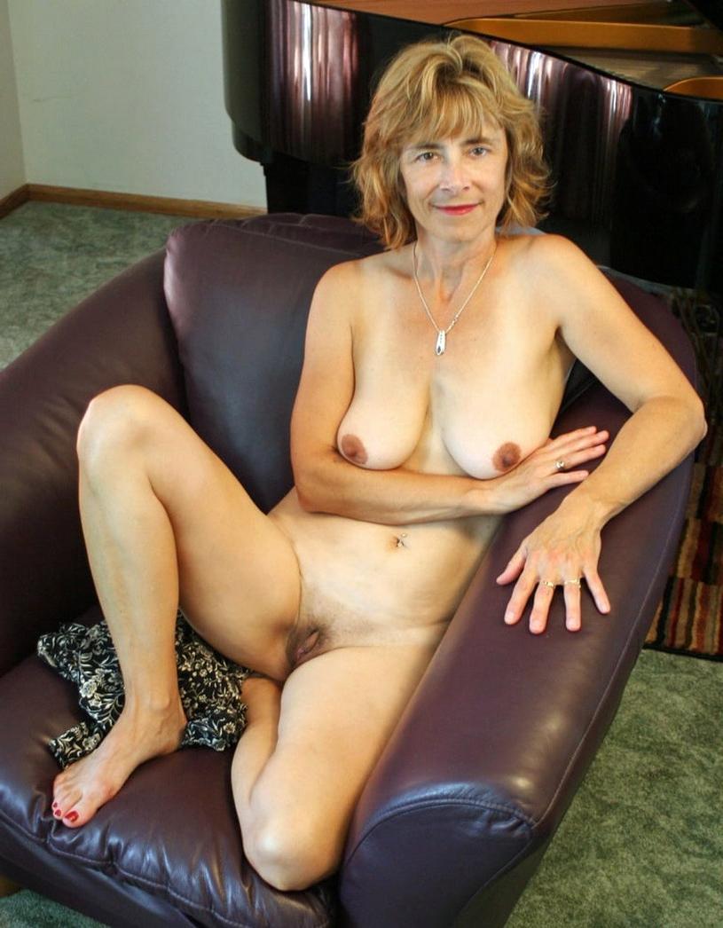 Nude mature free Free Mature