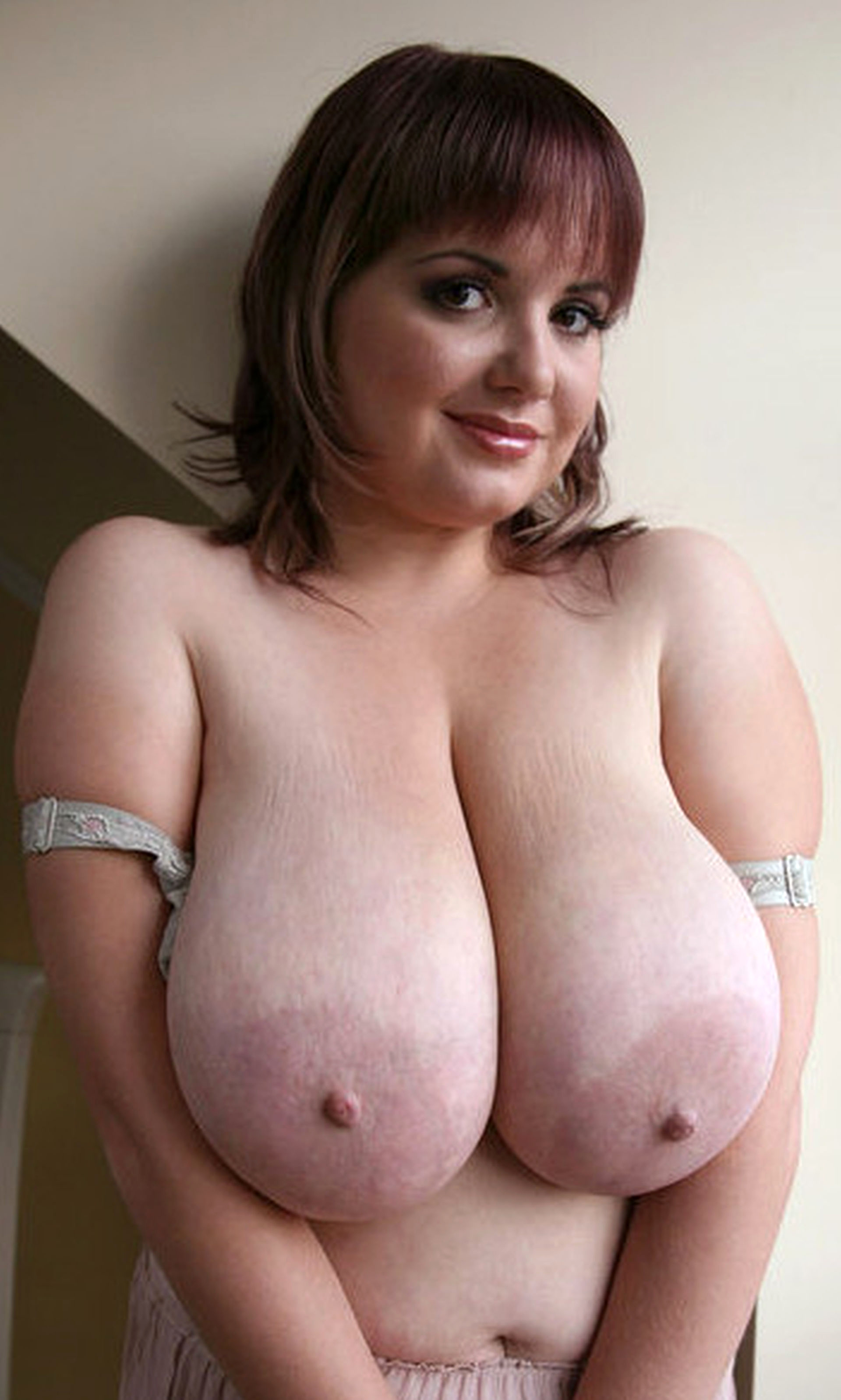 Big naked titys